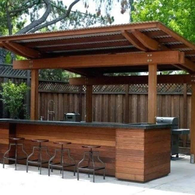 Garden bars and huts in Greater Manchester